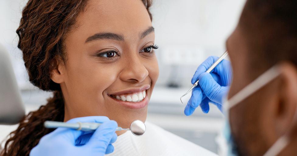Porcelain Veneers Dentist LV
