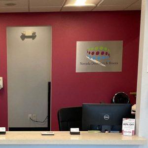 Reception Desk Eastern & Bonanza Location